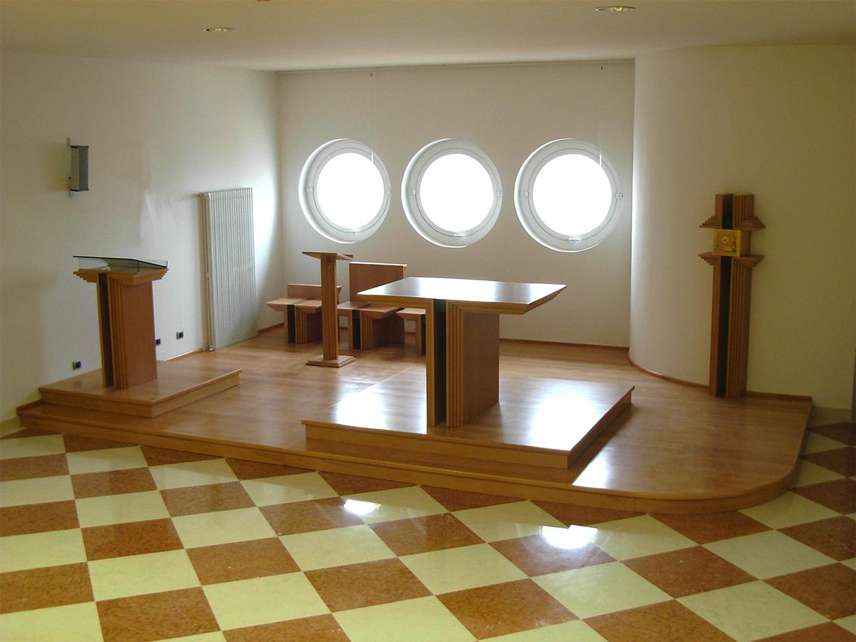 Presbiterio b presbiterio per chiesa in stile moderno for Arredamento completo moderno
