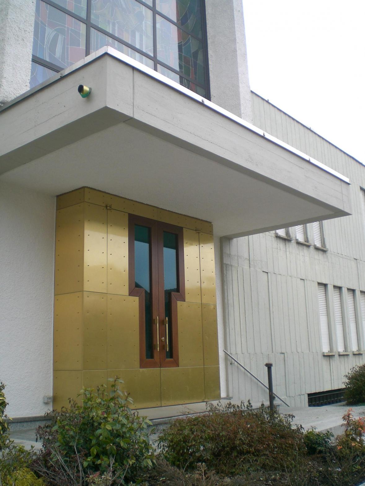 Portale esterno legno metallo vetro luisago porte e for Portale arredamento
